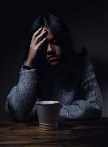Stres, smutek rozłączenie wpływa nasze jelita i może je niszczyć