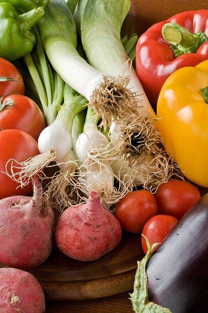 Warzywa to podstawa w diecie mądrych jelit.